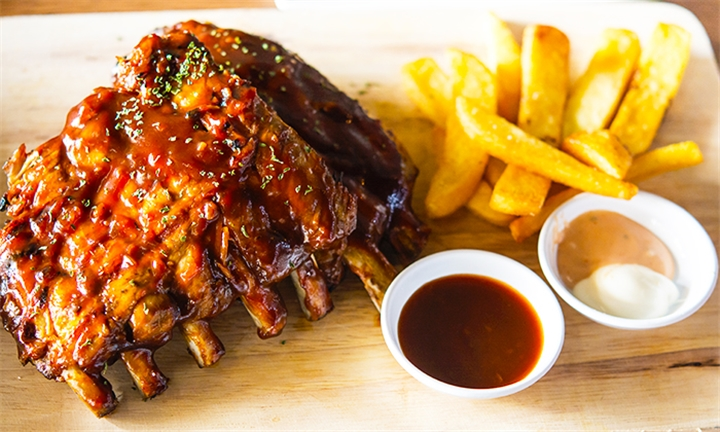 350g Pork Ribs and Side Each for Two at Kaddy's Cafe