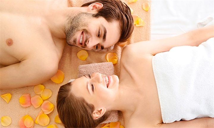 Silver or Gold Pamper Package for Two at Asunde Day Spa