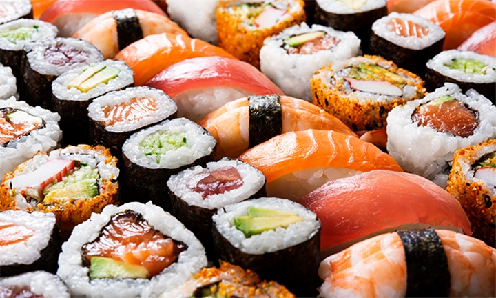 30-Piece Deluxe Sushi Platter for Two at Risushi