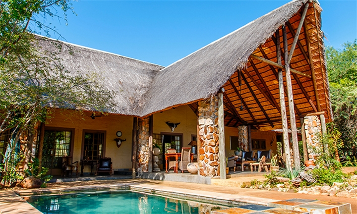 Limpopo: 2 or 3-Night Stay for Two Including Full Breakfast in 4-Star Shikwari Suites