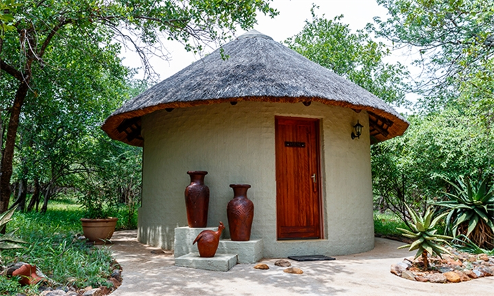 Limpopo: 2-Night Stay for up to Eight Including Breakfast at Pangolin Rondavel