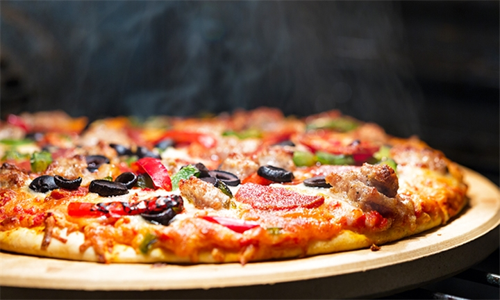 Margherita Pizza and Choice of 1 x Other Pizza for Two at La Mama Restaurant & Pizzeria