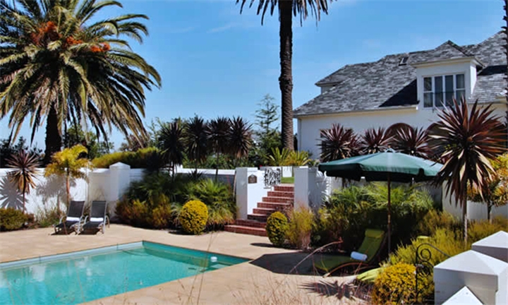 Stellenbosch: 1-Night Weekday Stay for Two Including Breakfast, Welcome Sherry and Wine Tasting Experience at The Wild Mushroom