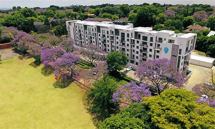 Johannesburg: 2-Night Weekend Stay for Two at The Capital On Bath