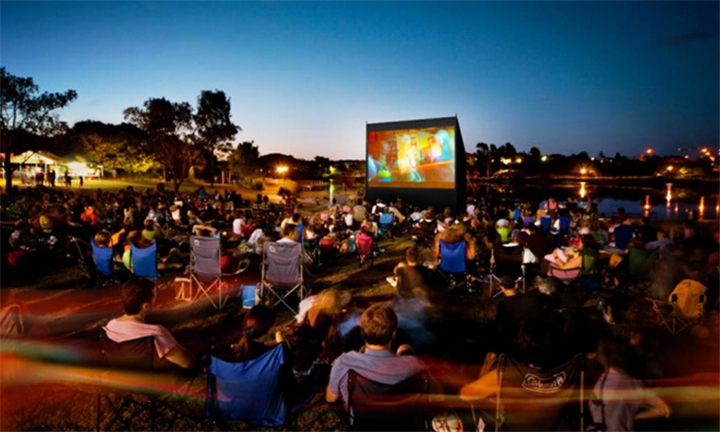 2 x Tickets to an Outdoor Cinema Experience with The Event Express