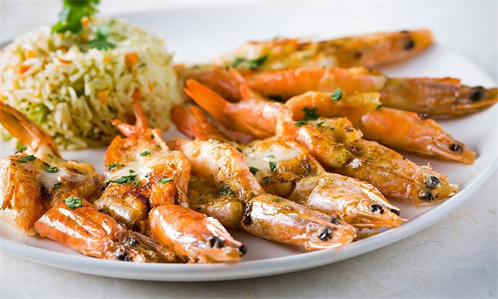 12 or 24 Medium Prawns with Steamed Rice and Salad to Share at Osetra Kalk Bay