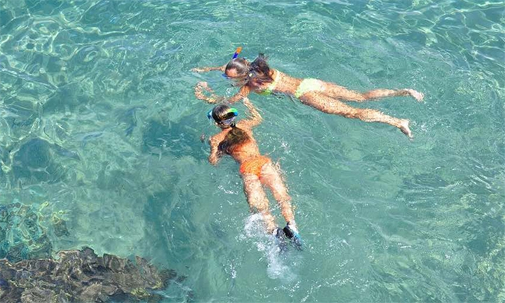 2-Hour Snorkel Safari for Two Including Refreshments and Photos at Tidal Tao Snorkeling Safaris