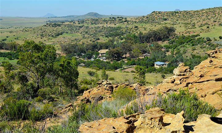 Free State: 1 or 2-Night Self-Catering Stay for up to Four at Eingedi Retreat