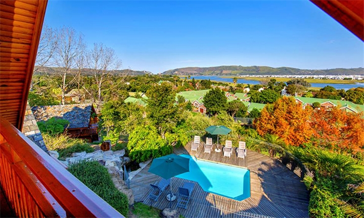 Knysna: 1 or 2-Night Anytime Self-Catering Stay for up to Four at Abalone Lodges