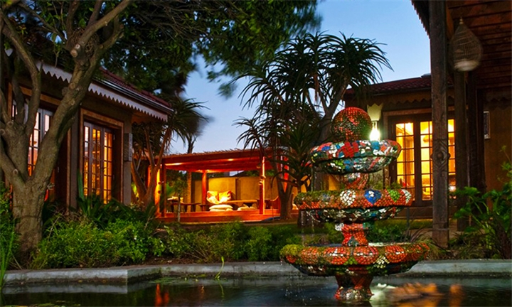 Port Elizabeth: 1-Night Anytime Stay for Two Including Breakfast at Singa Lodge