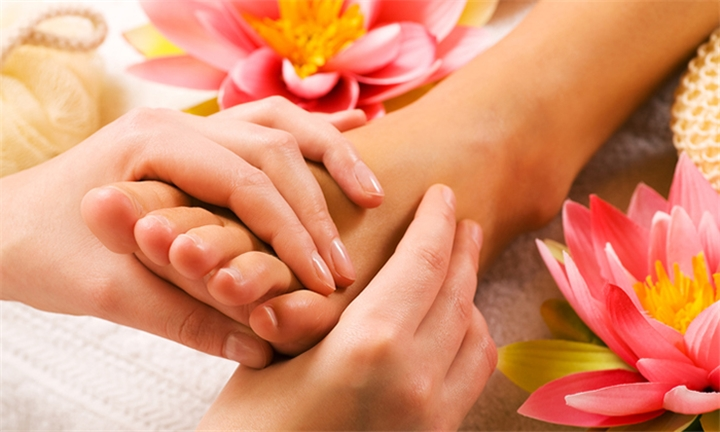 Pamper Package – Medley of Massages for One or Two at Glamazone Hair & Nail Beauty Studio
