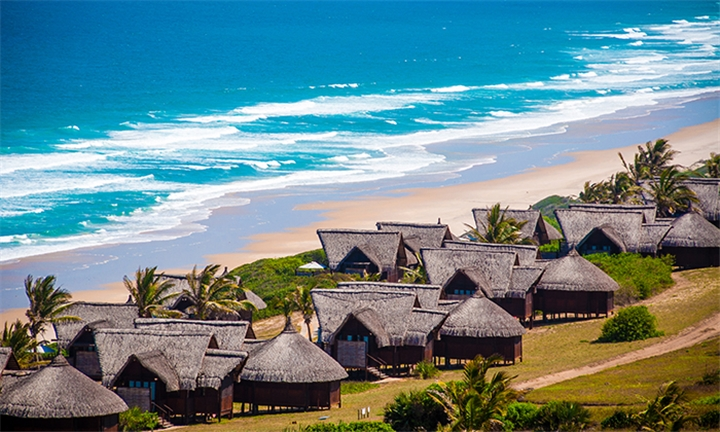 Mozambique: 5-Night Stay Including Return Flights, Breakfast, Lunch, Dinner and Activities at the 4-Star Massinga Beach Lodge