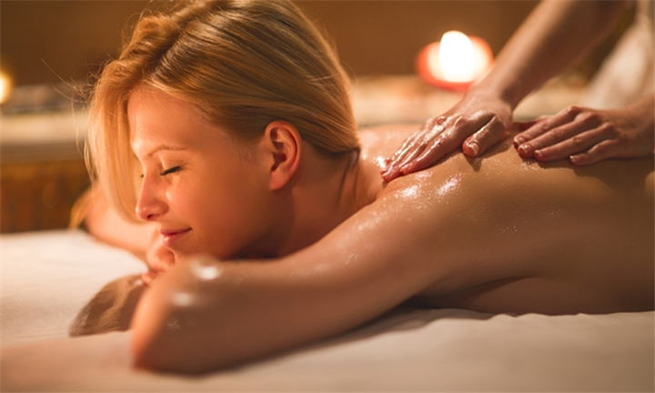Half Day Spa Package for One or Two Including Lunch and A Bottle of Wine with La de'vivres Spa at Tudor Lodge