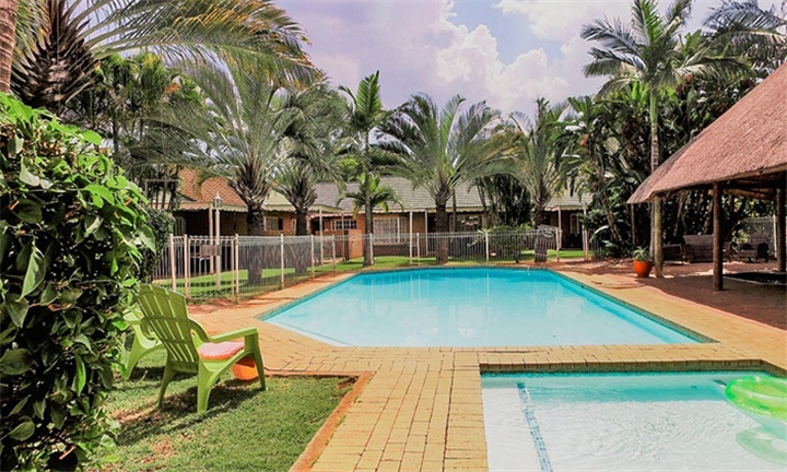 Limpopo: 3 or 4-Night Weekday Stay for up to Six at Hoogland Spa Resort