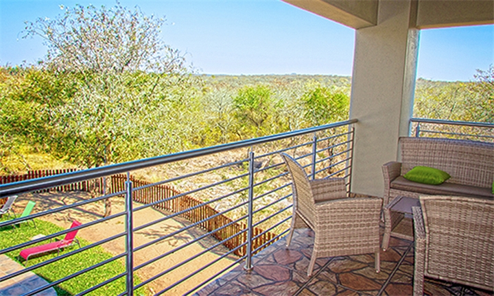 Kruger: 2-Night Stay for Two Incl Welcome Drinks & Breakfast at Tinyiko Kruger Lodge