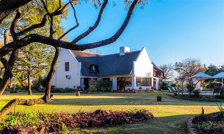 Magaliesburg: 1 to 3-Night Stay for Two at Mokoya Lodge