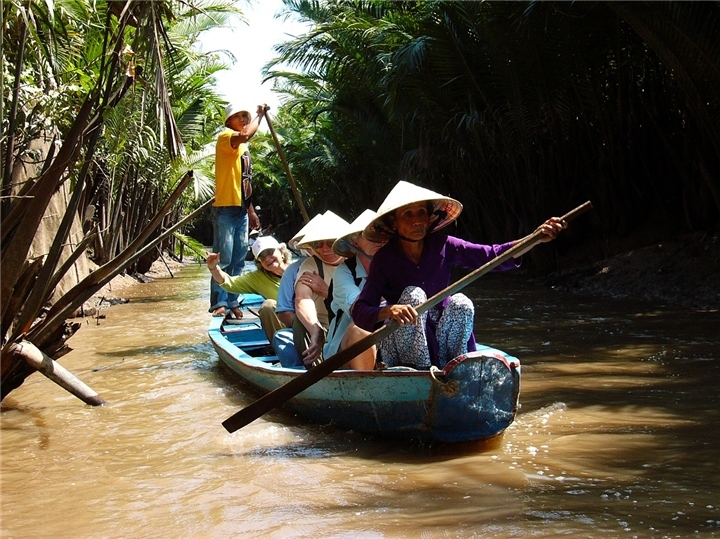 Southeast Asia: 10-Day Exploring Cambodia and Vietnam Tour
