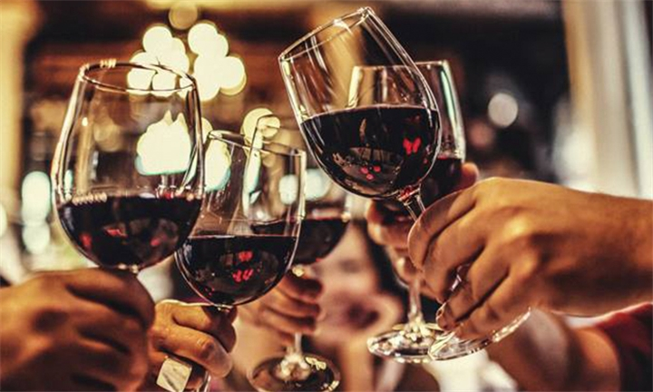 Wine Tasting Experience for up to Four with a R100 off a Theater of Wine Pack from VDC Eat (Pty) LTd