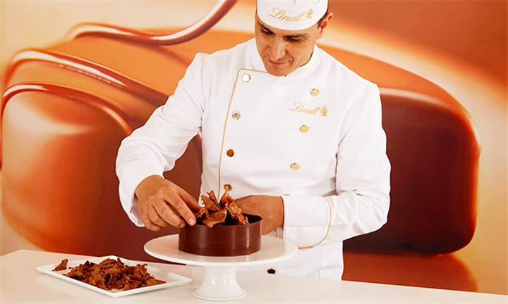 The Ultimate Lindt Chocolate Cake Making Class For Two