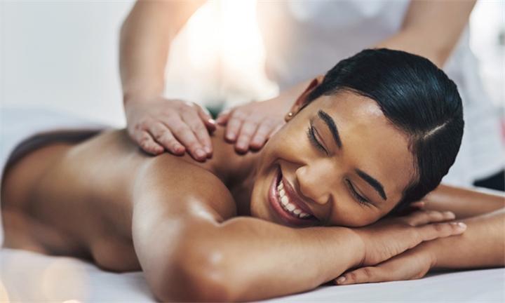 60-Minute Full Body Swedish Massage at Divaz Spa & Salon