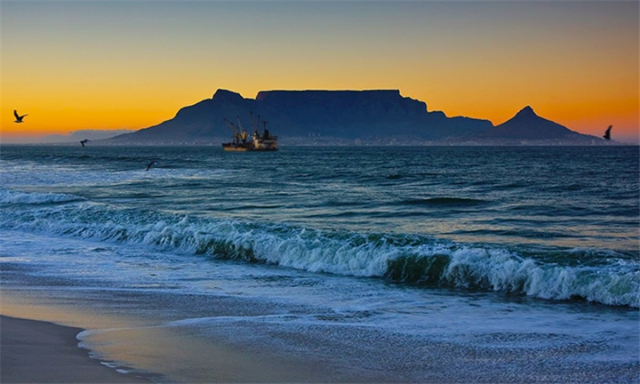Cape Town: 2-Night Anytime Stay for Two at Baywatch Guest House