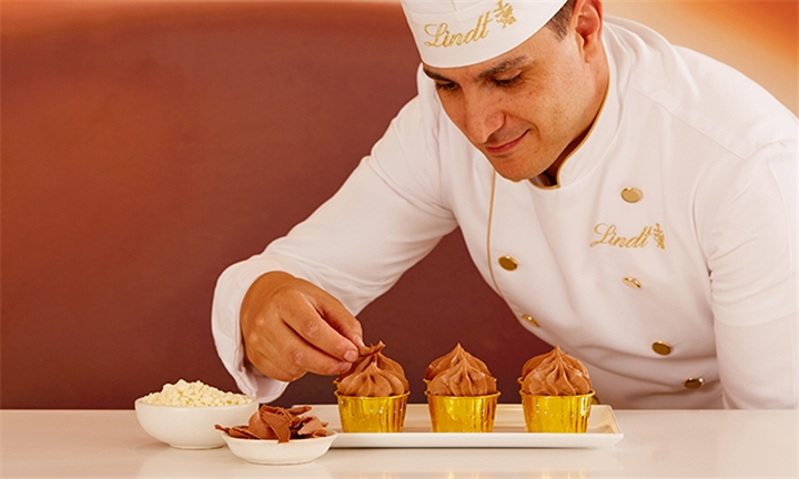 Lindt Chocolate Cupcake Making for Two