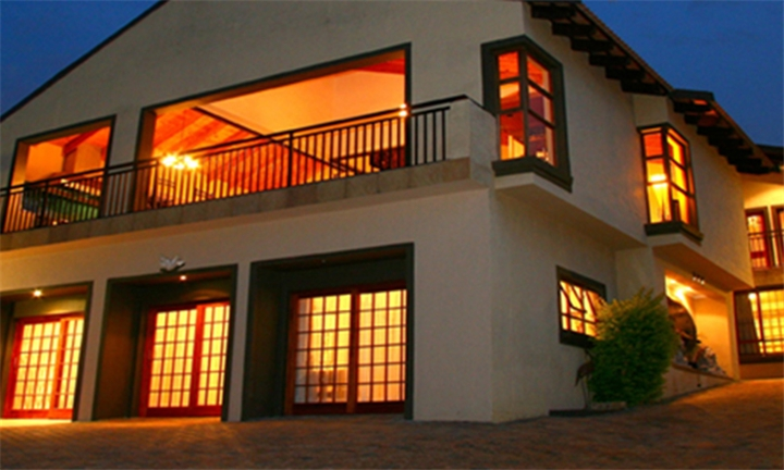 Pretoria: 1 or 2-Night Self-Catering Stay for Four at Threebees Guesthouse
