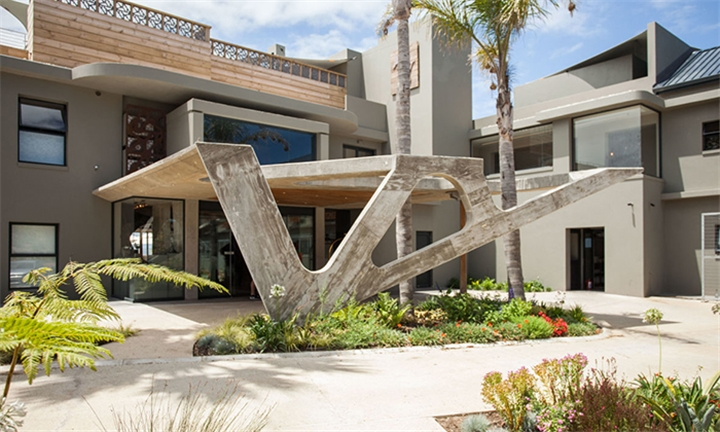 Western Cape: 1 or 2-Night Anytime Stay for Two at Cape Summer Villas - Sky Villa