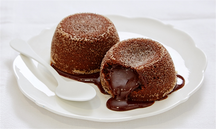 Lindt Chocolate Fondant Pudding Making Class for Two – JHB Studio