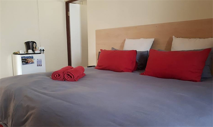 Pretoria: 1 or 2-Night Anytime Stay for Two Including Breakfast at PTA East Guest Rooms