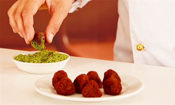 Lindt Chocolate Truffle Making Experience for Two