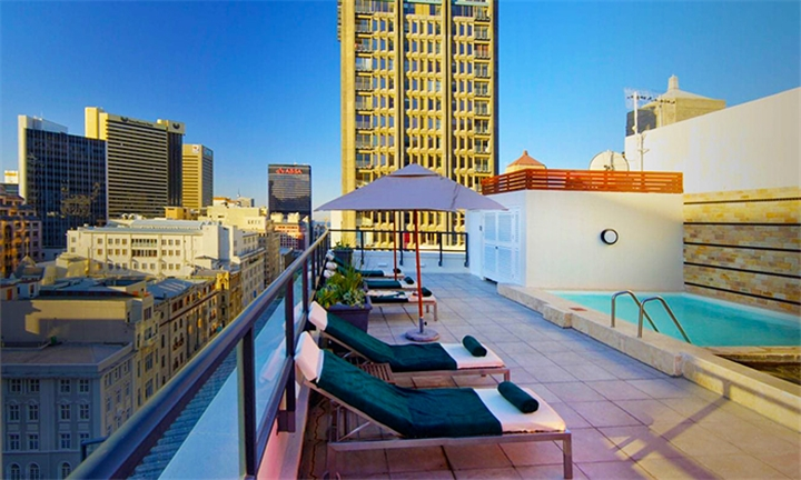 Cape Town: 2-Night Anytime Stay for Two at Bijoux Aparthotel by Totalstay