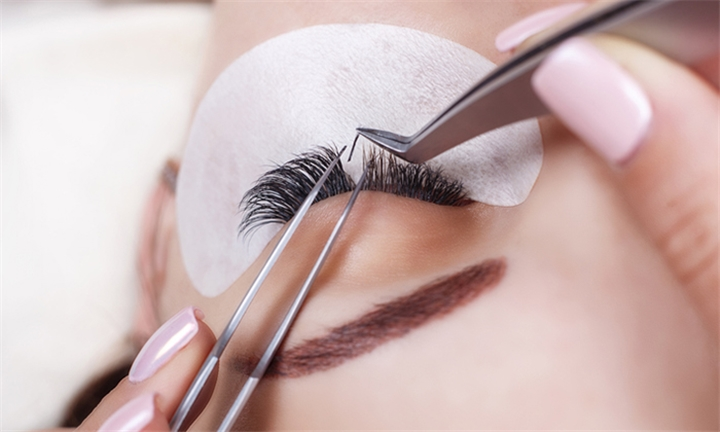 2-Day Eyelash Extension Training Course with Beautybox Training Academy
