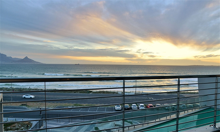 Cape Town: 1-Night Anytime Stay for Two Including Breakfast And Spa And Food Vouchers at Blaauwbergbeach Hotel