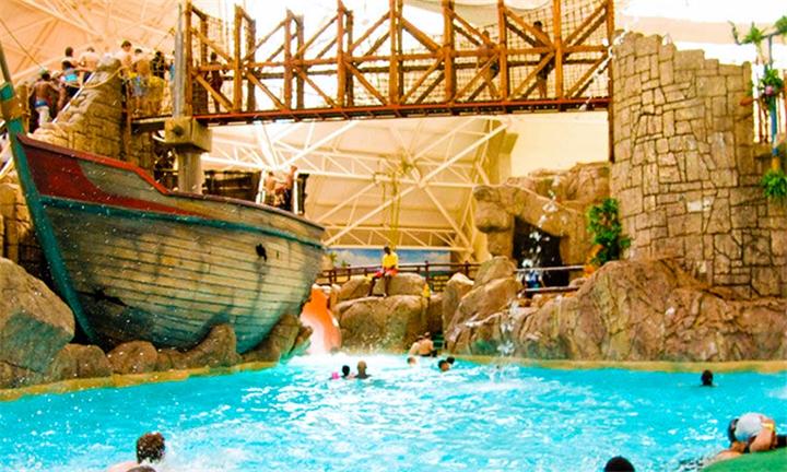 Emerald Casino Aquadome: Entry to Aquadome Water Park for up to Four