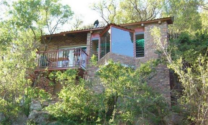 Free State: 2-Night Self-Catering Stay for up to Ten at Thabela Thabeng Mountain Retreat