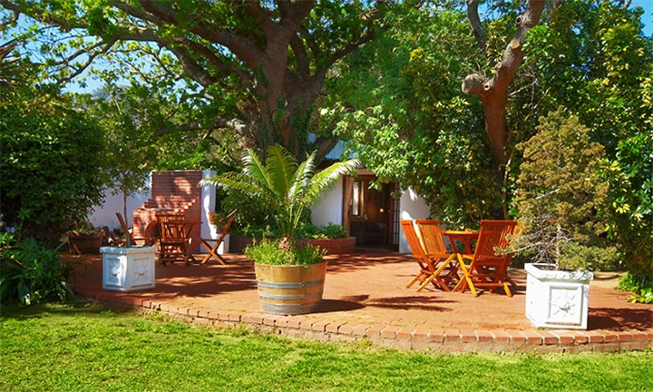 Western Cape: 1-Night Stay for Two Including Breakfast at Sacred Mountain Lodge