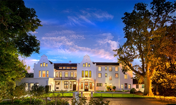 Western Cape: 1-Night Anytime Stay for Two Including Breakfast and Limited Minibar at The Cellars - Hohenort