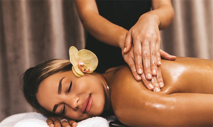 90-Minute Rejuvenate African Full Body Hot Oil Massage at Yim Siam Thai Spa