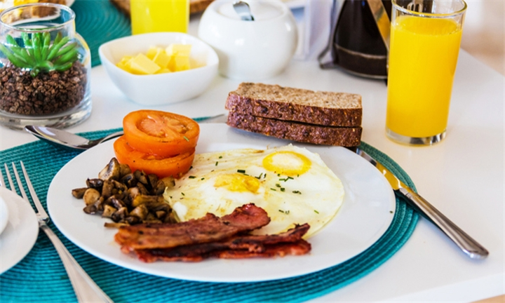 Breakfast for up to Four at The Manor House, Knorhoek Estate