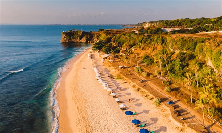 Bali: 7-Night Stay in 4-Star Hotel for Two Including Transfers and Breakfast