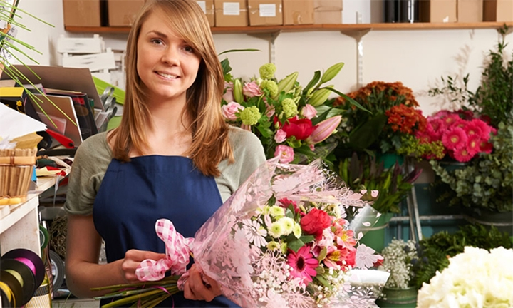 Online Course: Floristry Academy Diploma from New Skills Academy