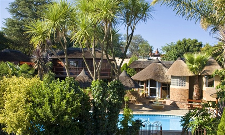 Gauteng: 1 or 2-Night Anytime Stay for Two at Didiloni Lodge