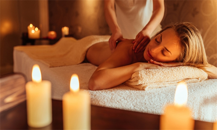 Choice of 60-Minute Swedish or Aromatherapy Massage for One or Two at Euel Beauty Lounge