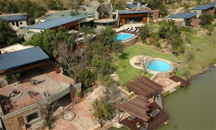 Bela-Bela: 1 or 2-Night Stay for Two Including Breakfast at Silver Streams Luxury Lodge & Nature Reserve