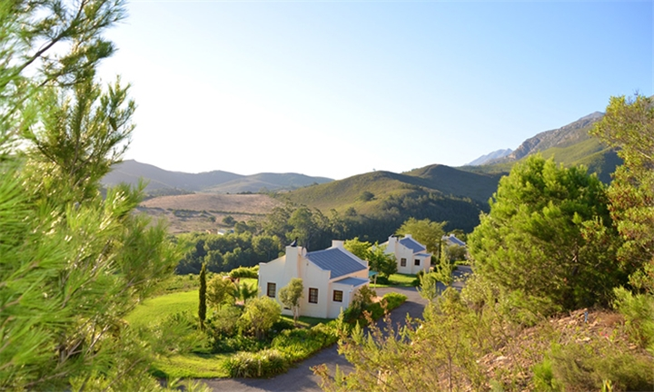 Cape Winelands: 1 or 2-Night Stay for up to Four at Bushmanspad Estate