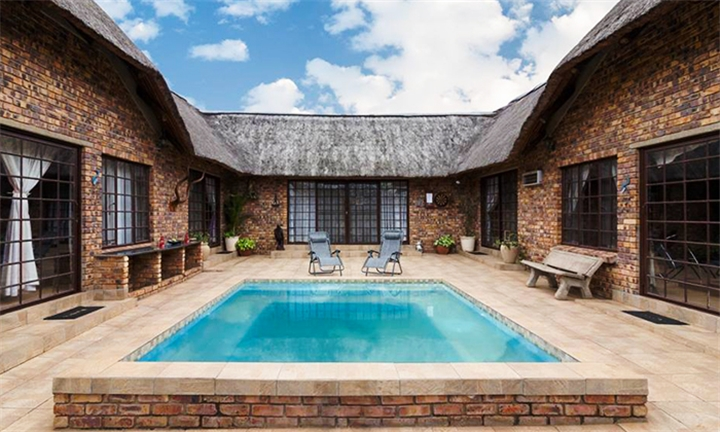 Mpumalanga: 2-Night Anytime Stay for Two Including Breakfast at Kiewiet Huis