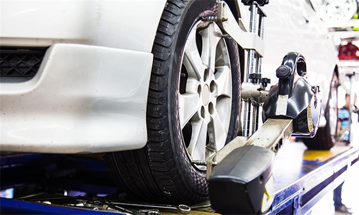 3D Wheel Alignment and Balancing for One or Two Cars from Supa Quick