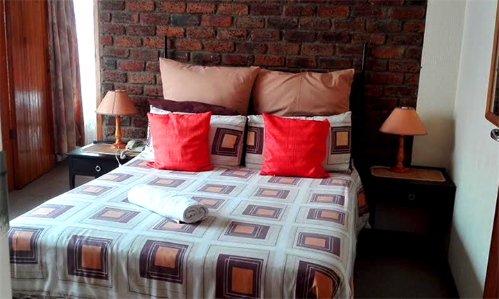 Gauteng: 2-Night Anytime Stay for Two Including Breakfast at Abacus Guesthouse