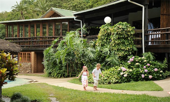 Port Edward: 1-Night Stay for Two Including Breakfast at Umtamvuna River Lodge